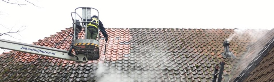 Ontmossen dak